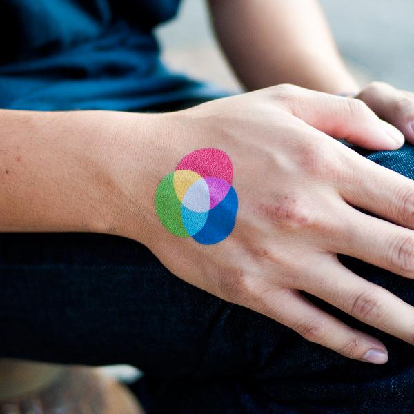 tatuaje mezcla de colores