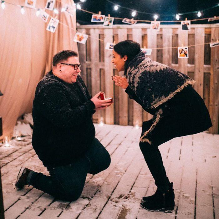 propuesta de matrimonio en patio