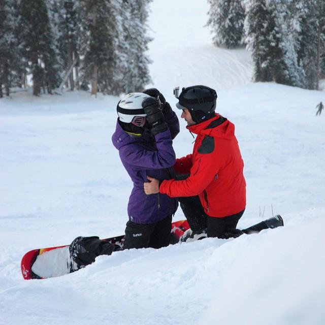 propuesta de matrimonio en la nieve