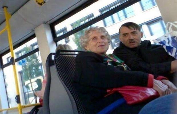 persona parecida a Hitler