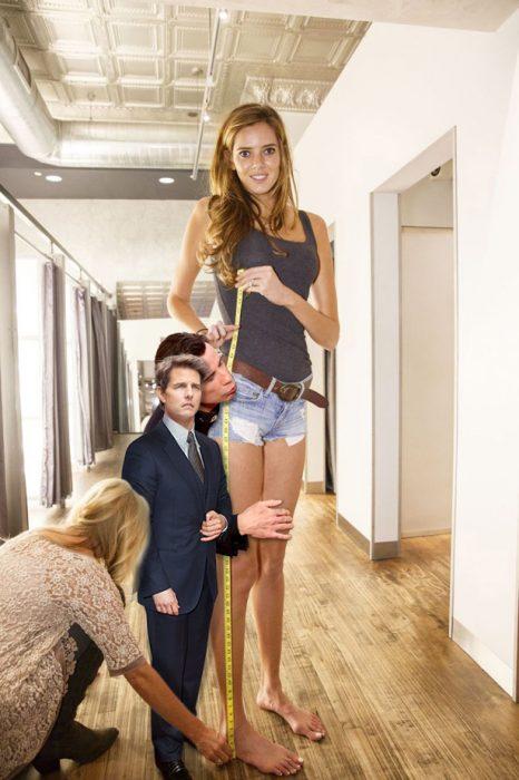 Batalla Reddit chica piernas largas con Tom Cruise y John Travolta