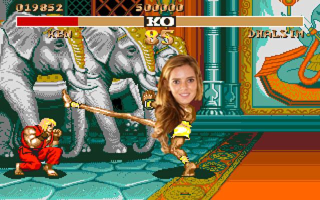 Batalla Reddit chica piernas largas como personaje de Mortal Kombat