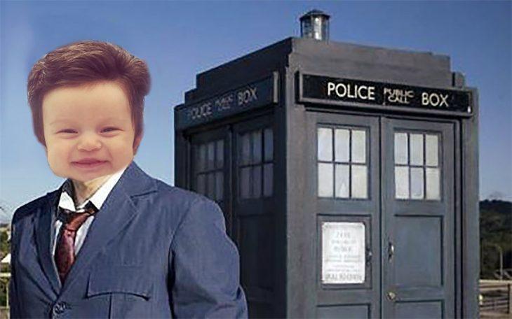 Bebé con demasiado cabello luciendo como Doctor Who