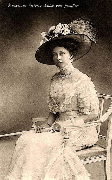 fotografía antigua de princesa Victoria Luise