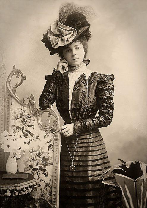 fotografía antigua de Vesta Tilley