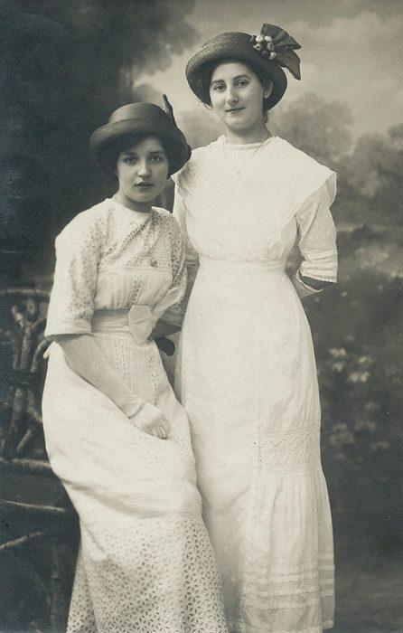 fotografía antigua de mujeres