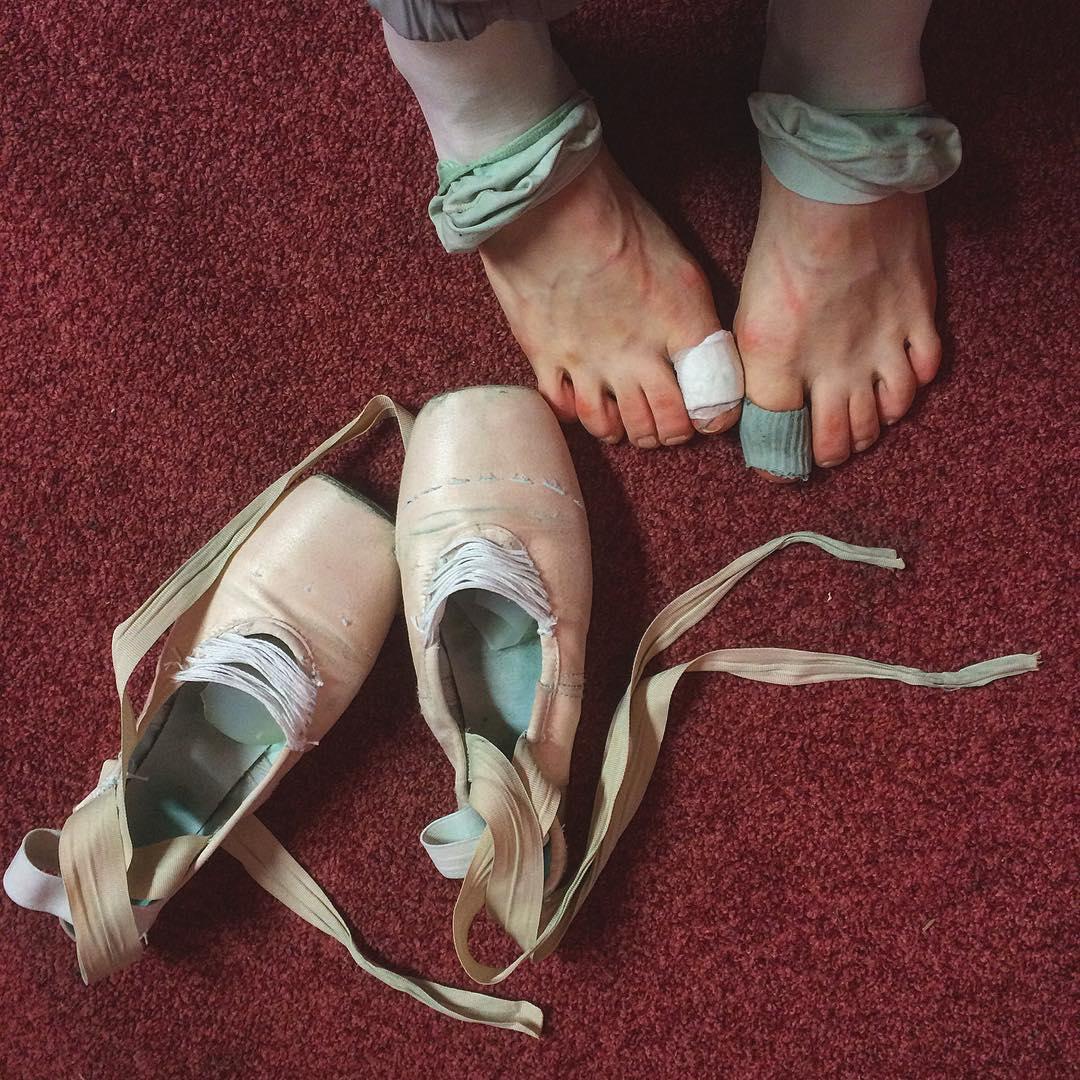 30 Desgarradoras fotos de las bailarinas de Ballet ruso detrás del