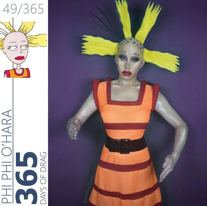 Drag Queen vestida como cynthia de Rugrats