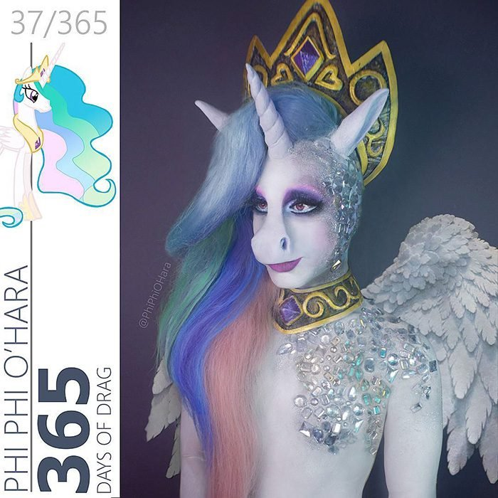 Drag Queen vestida como la princesa celestia de my little pony