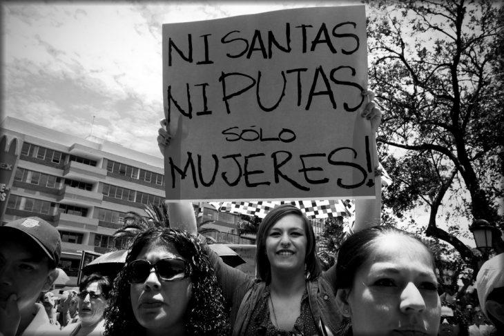 Mujeres en protesta por igualdad
