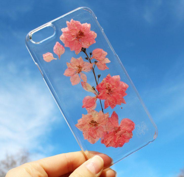 Funda de flores rosas