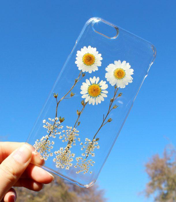 Funda de flores pequeñas