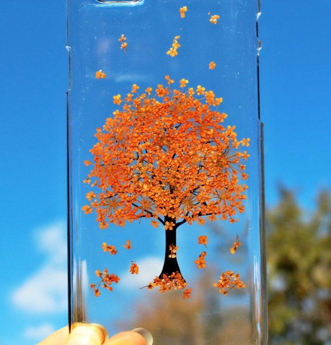 Funda de flores con diseño de árbol