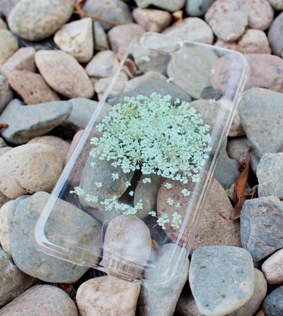 Funda de flores verdes en forma de árbol