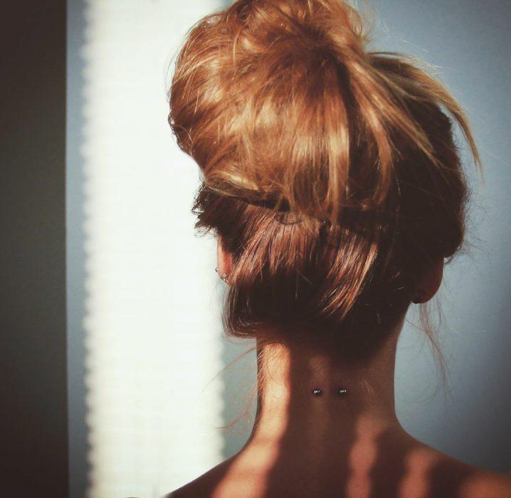 perforaciones en cuello
