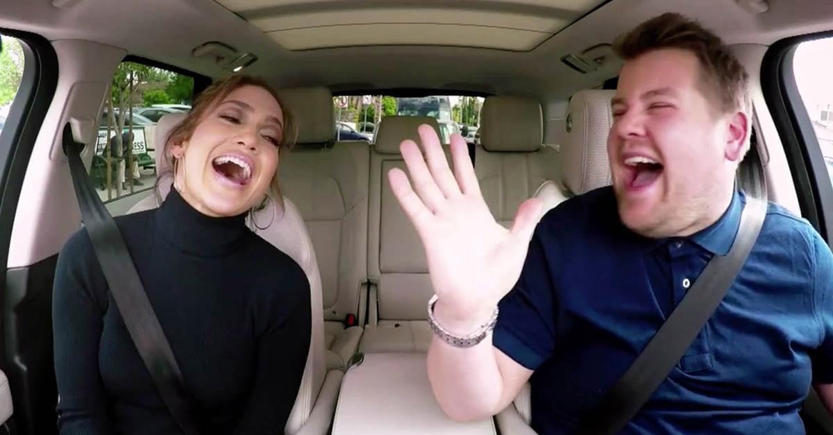JLo participó en Carpool Karaoke con James Corden