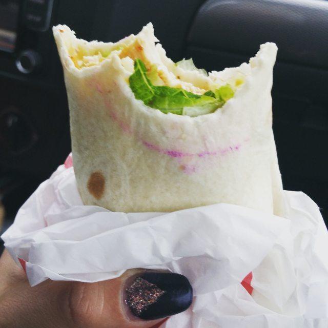 Burrito manchado con lápiz labial