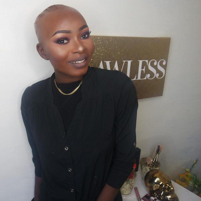 Chica sobreviviente a quemaduras es una artista del maquillaje en youtube