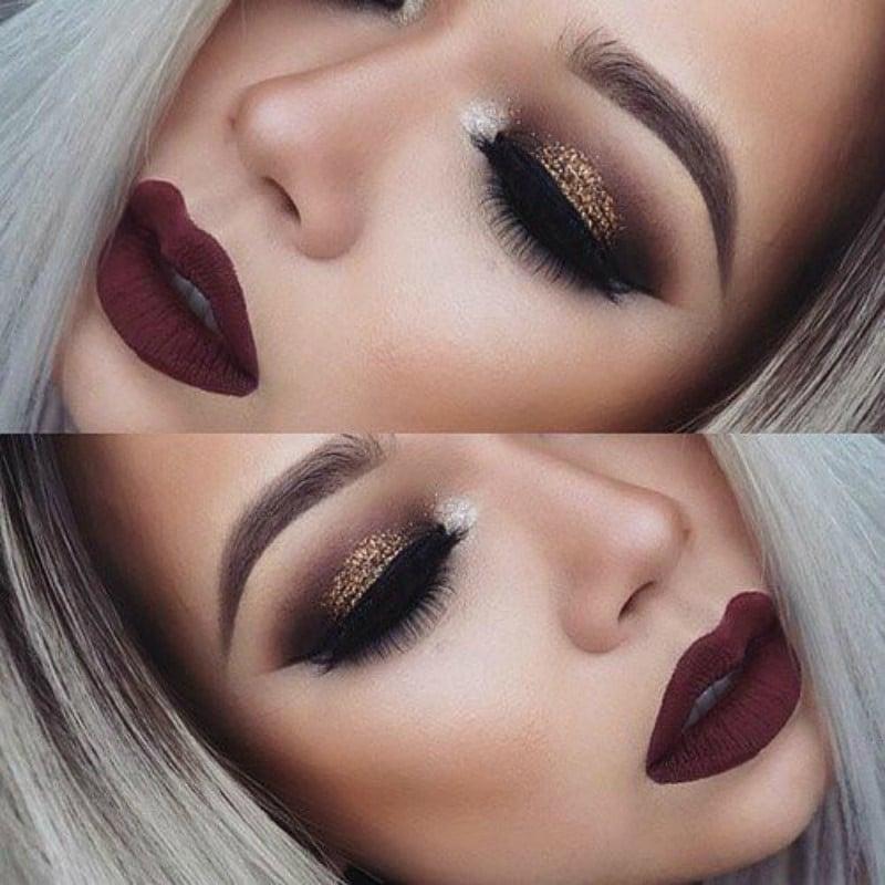 Combina tus labios en vino con sombras café y glitter dorado. maquillaje para noche