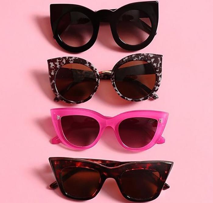 cuatro lentes en forma de gato