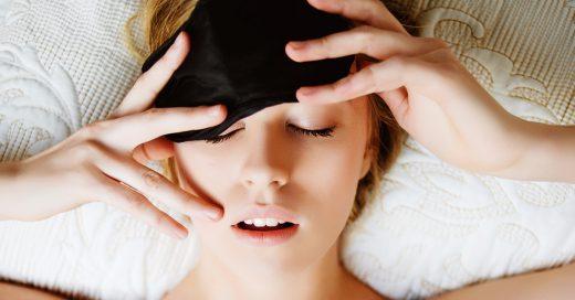 ¡ATENTAS, dormilonas! Las mujeres necesitamos dormir más que los hombres, según la ciencia
