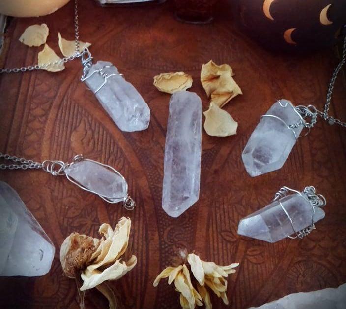 piedras magicas cristales transparentes accesorios 90s