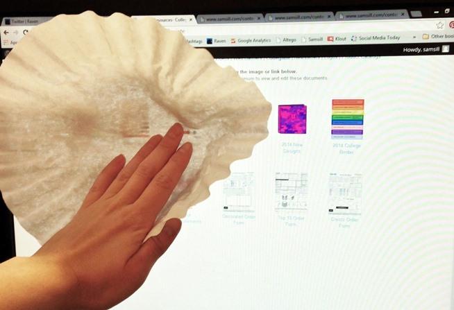 limpiar pantallas con filtros de café