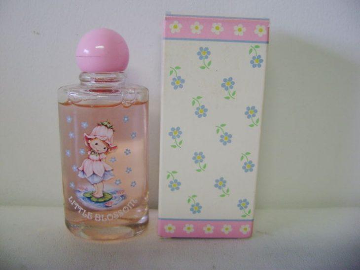 perfume de little blosom caja rosa
