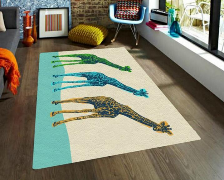 tapete de jirafas de colores