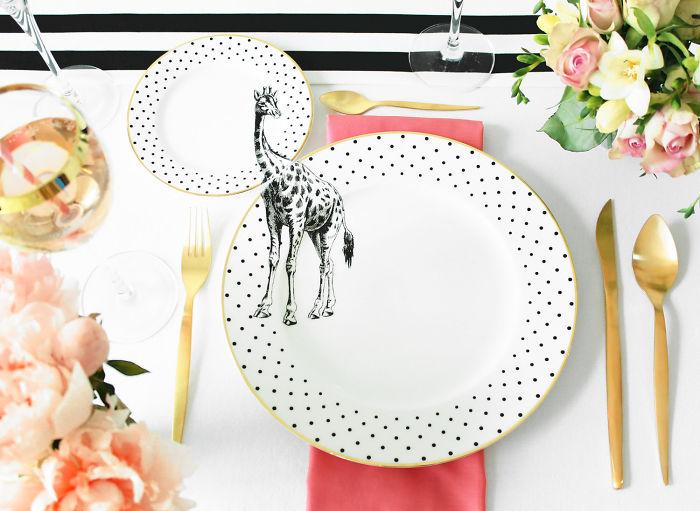 platos con figura de jirafa