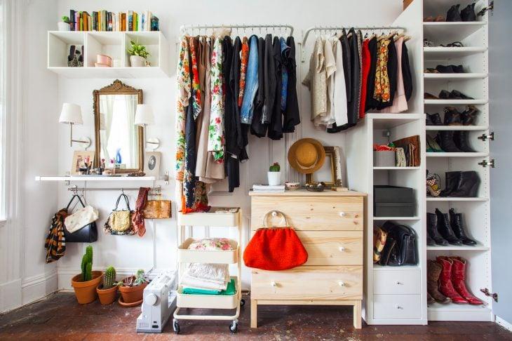 closet bien organizado