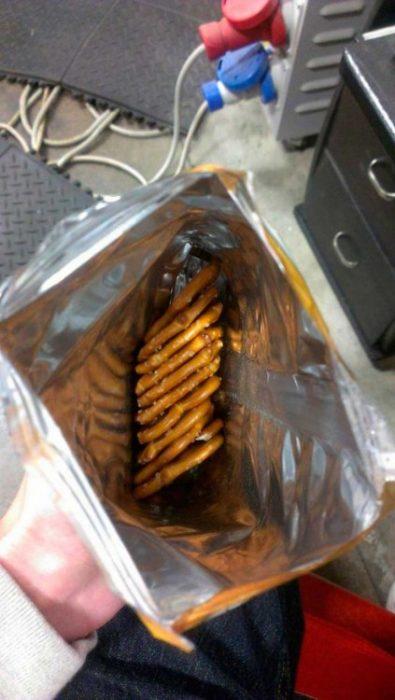 pretzels ordenados en bolsa