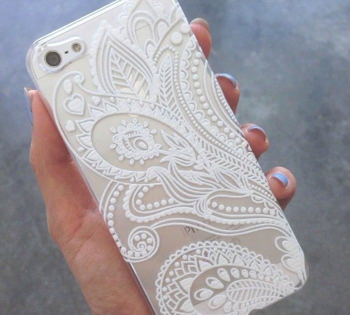 phone case cubre telefono con diseño de henna blanco