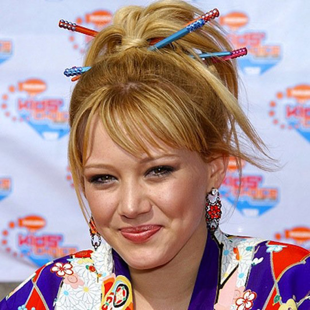 Palillos chinos para el cabello que se usaban en los años 90's