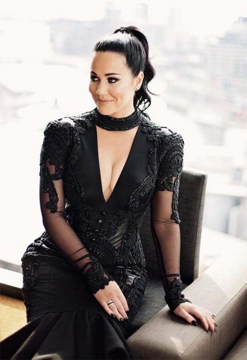 Sophie Cachia novia de negro vestido