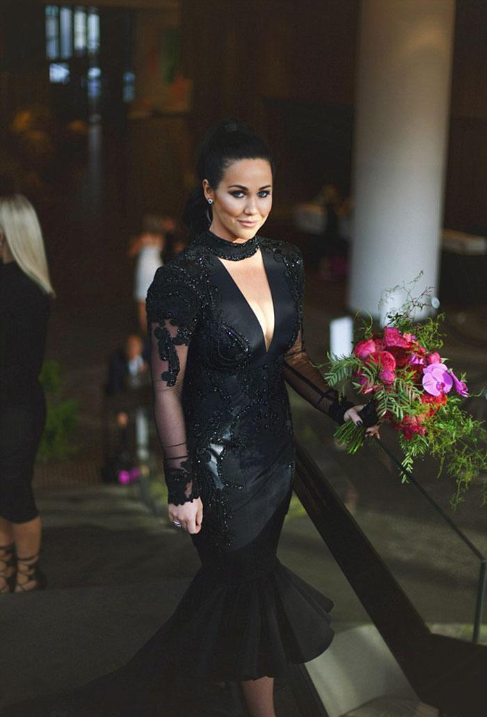 Vestido de boda negro tradicion