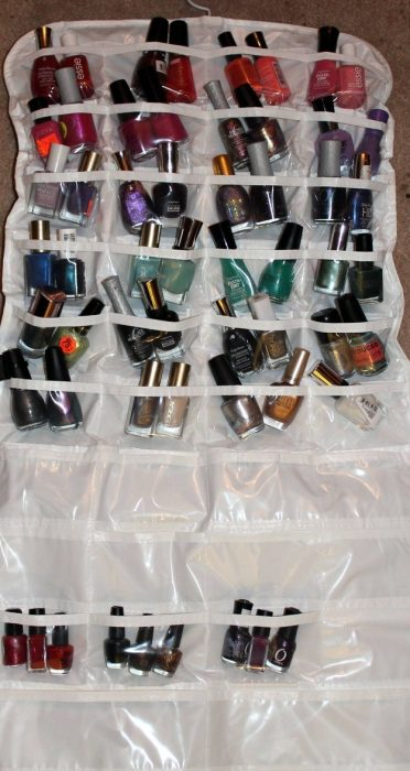 Organizador de zapatos donde están esmaltes