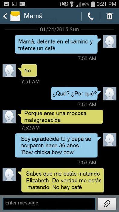 Hija le hace bromas pesadas a su madre por mensajes de texto