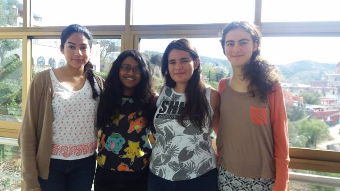 Delegación Mexicana concurso femenil europeo de matemáticas 2016