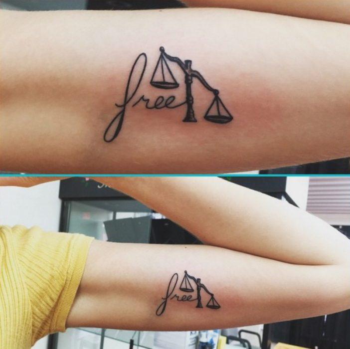 Tatuaje de balanza para abogados