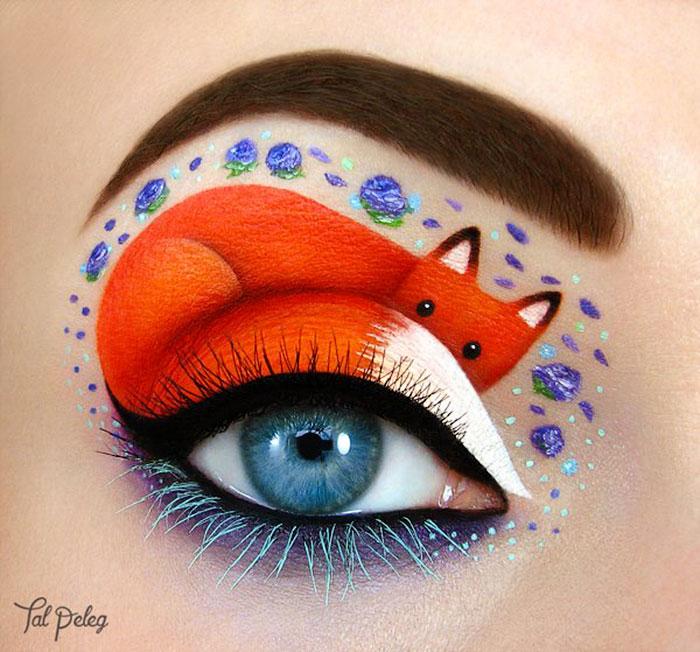 Ojo de una chica usado para pintar un zorro recostado