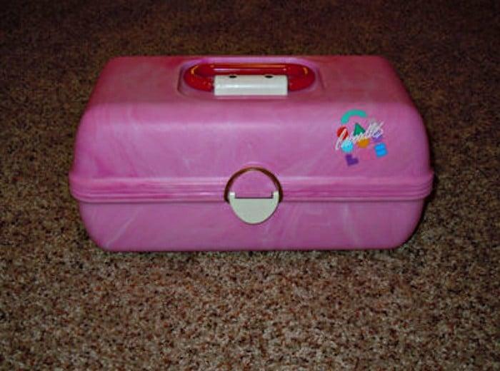 caja para guardar maquillaje de los 90s