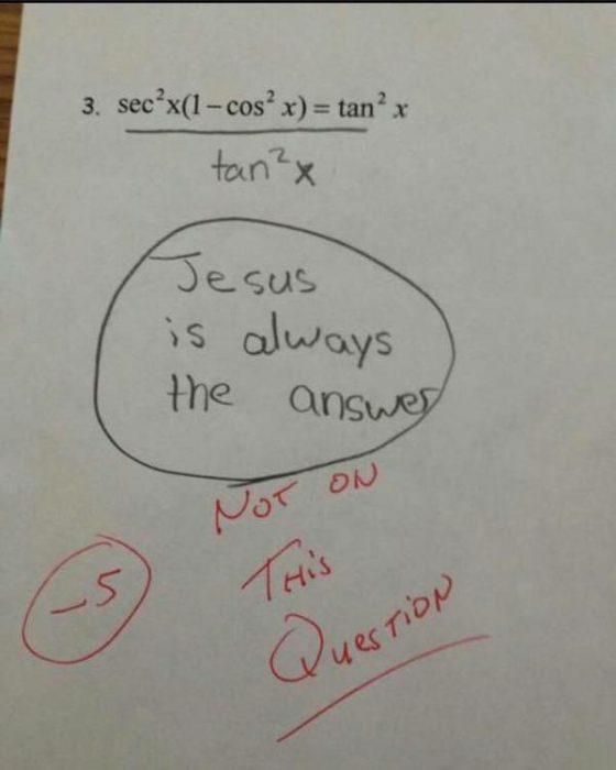 Examen de una chica de escuela católica