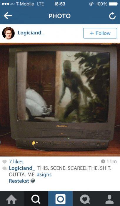 fotografìa en instagram television con pelicula alien