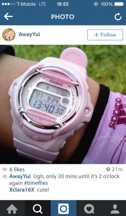 fotografìa en instagram reloj digital rosa