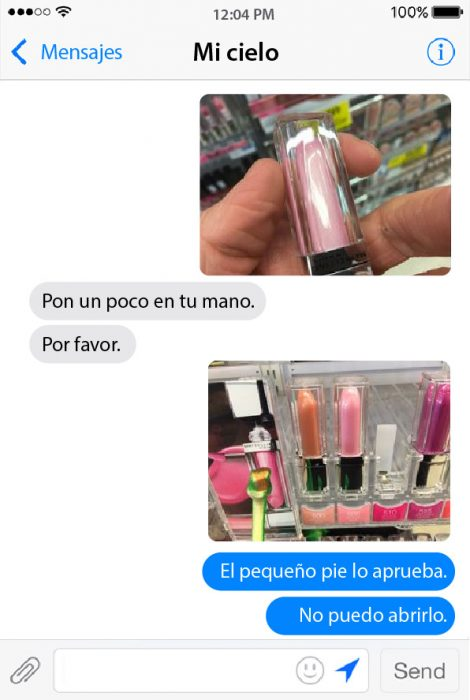 conversacion por chat de pareja sobre maquillaje labiales