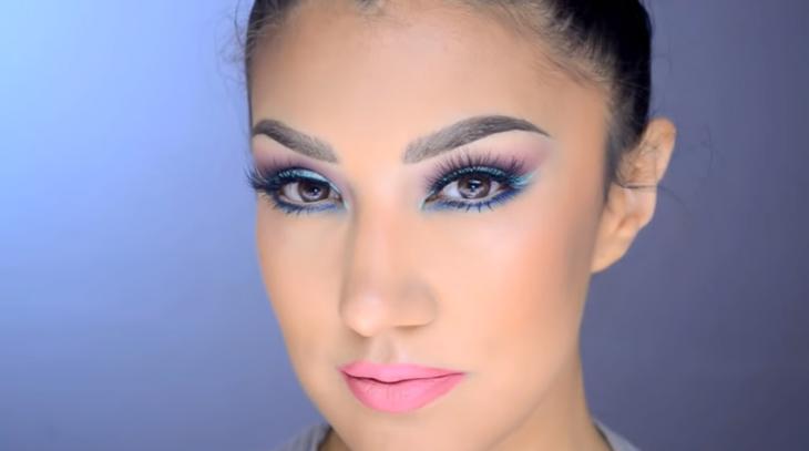 chica maquillada tutoriales de maquillaje