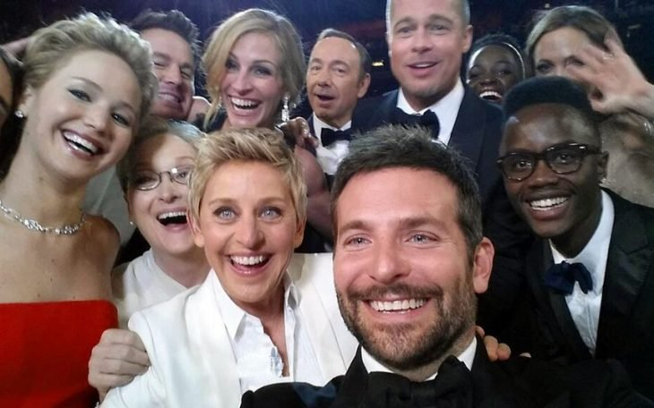 selfie con muchas personas