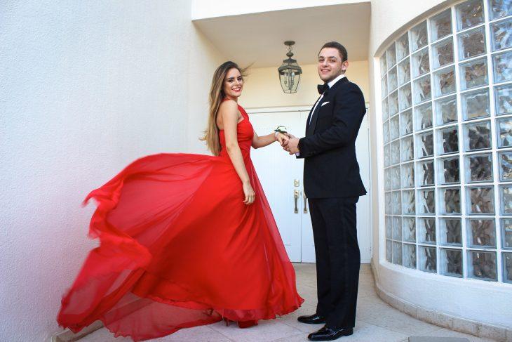 foto pareja graduación