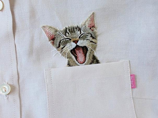 blusa con gato bordado